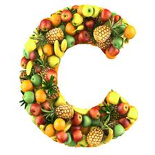 C сложенная из фруктов