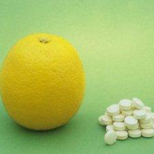 Лимон и аскорбиновая кислота